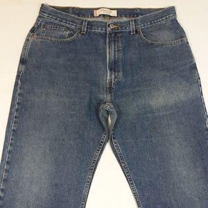 ⬇️$26 Levi's 505 Reg Fit medium wash jeans 38×34